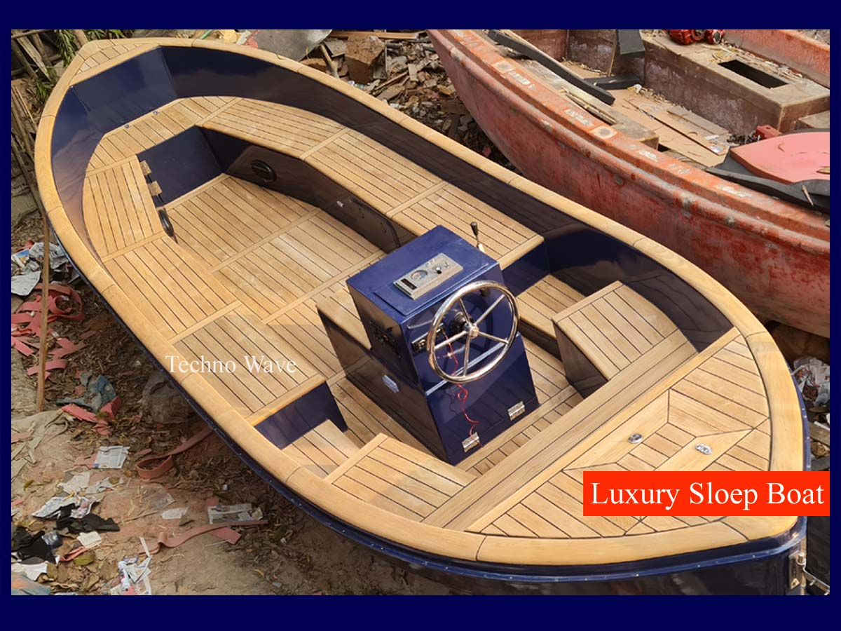 Luxury Wooden Sloep Boat
